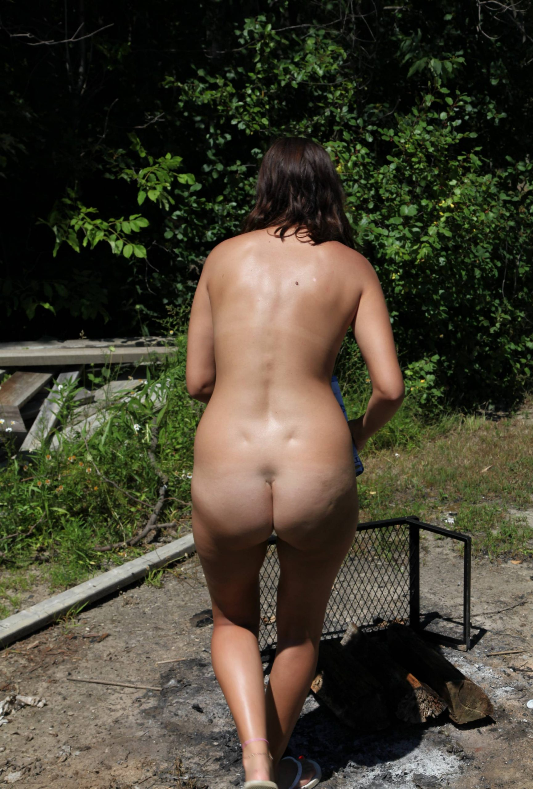 Pure Nudism-Barbecue Grilling Time - 2