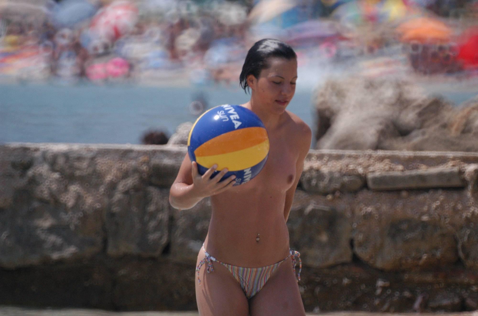 Purenudism Photos Baska Nudist Sun Bathers - 2