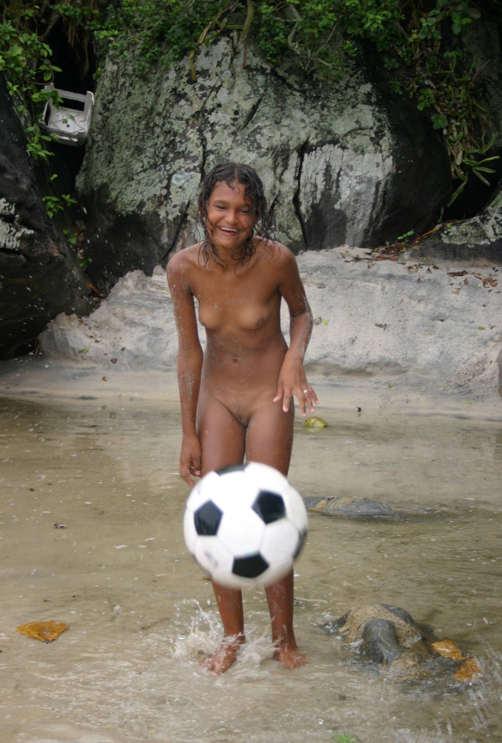 Brazilian Outdoor Groups - 2