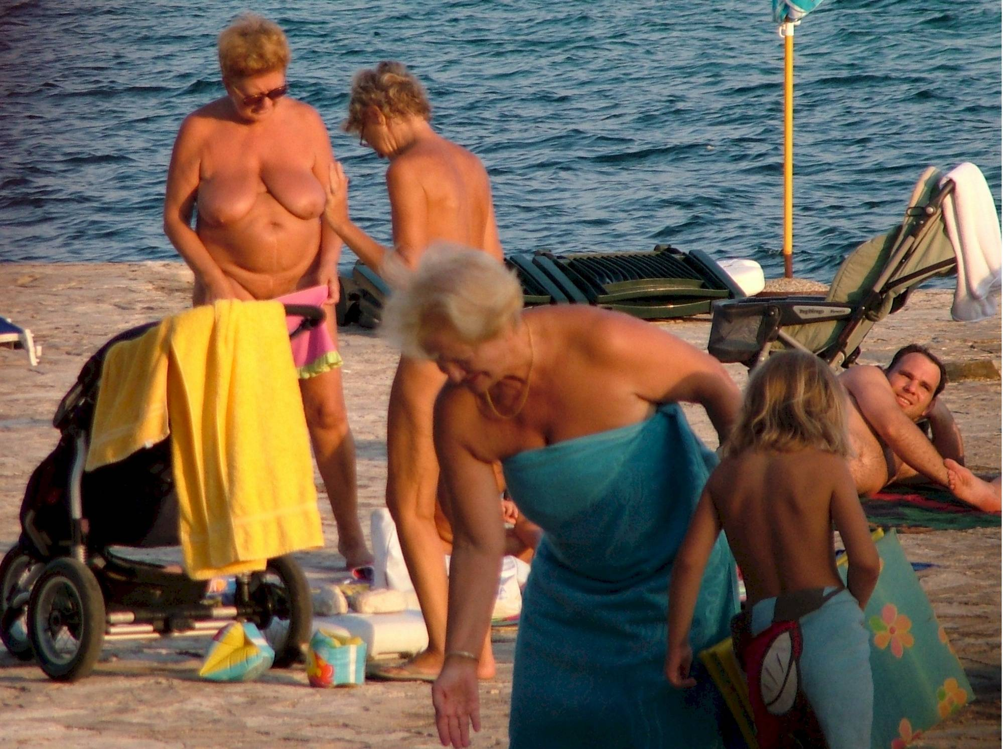 Pure Nudism Photos-FKK Reflection Sun Beach - 1