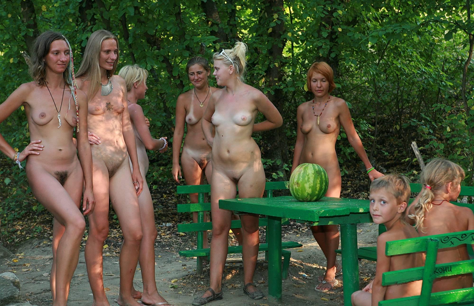 Green Picnic Naturists - 2