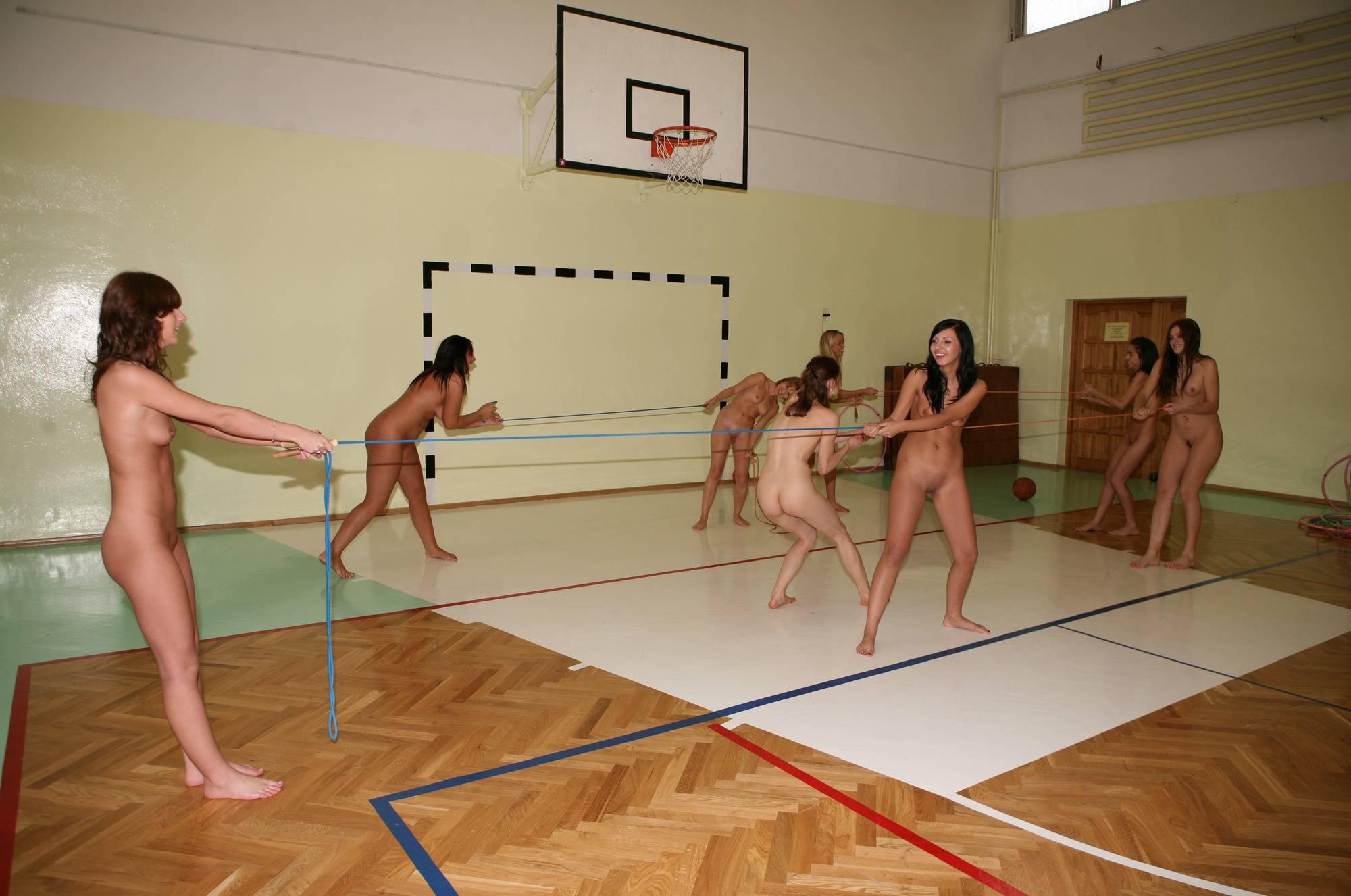 Purenudism Gallery-Gym Jumping Girl Groups - 3