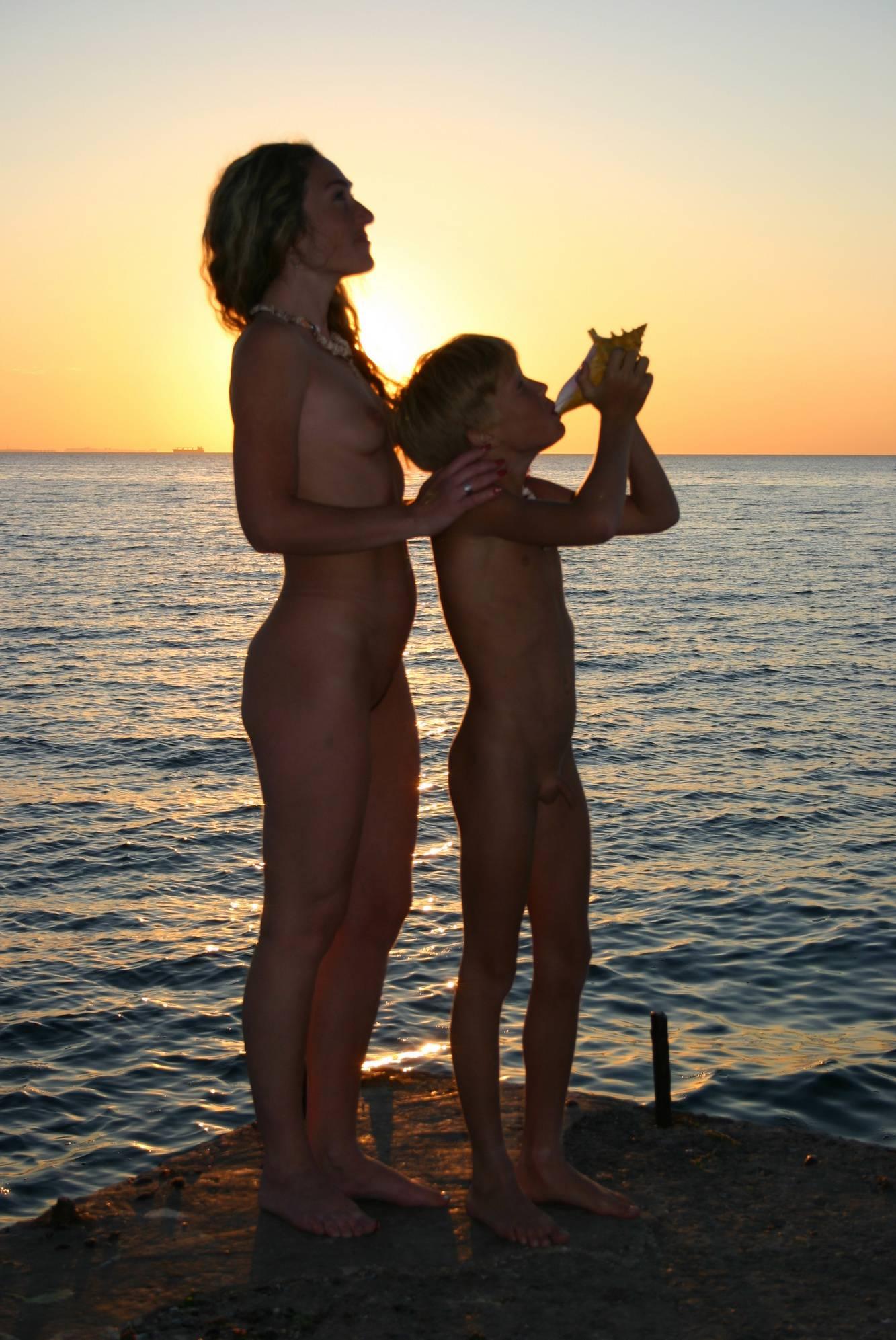 Naturist Family Silhouette - 3