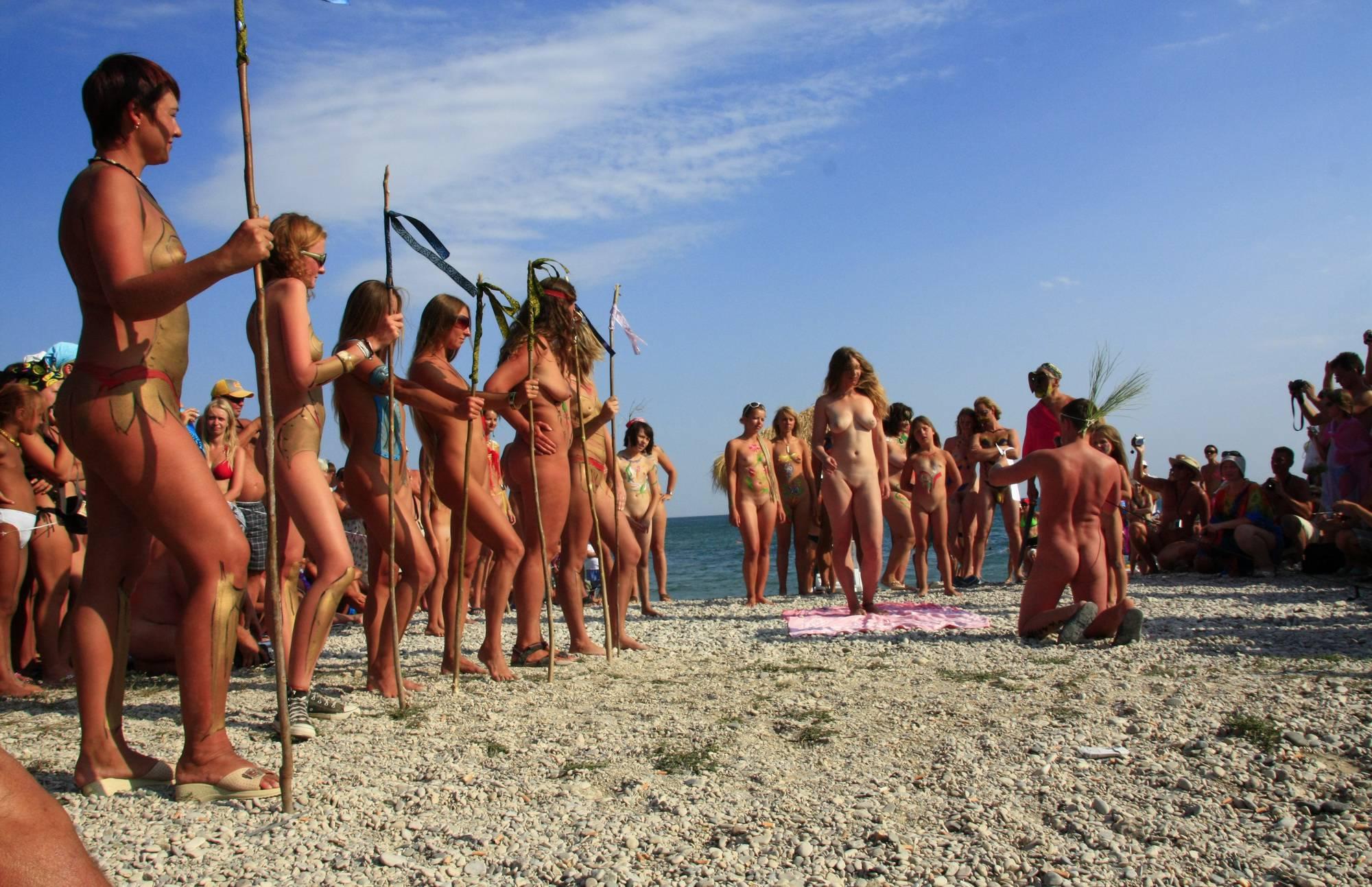 Naturist Girls Wall Army - 4