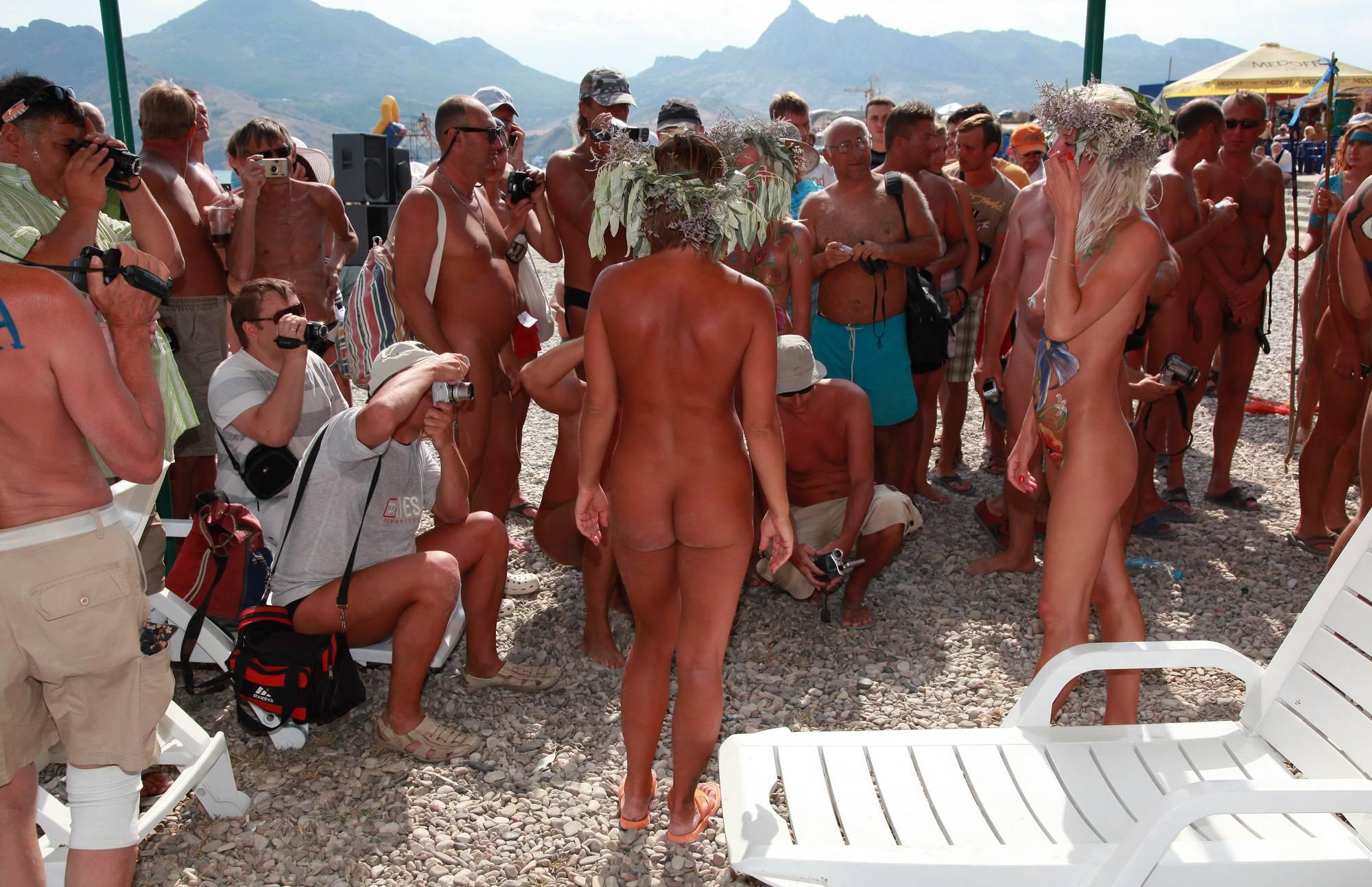 Purenudism Neptune Guests in the Hut - 1