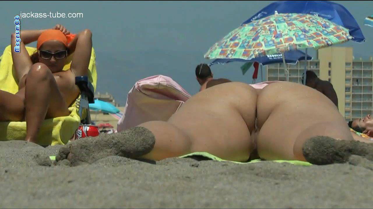 Jackass Nude Beach HD-11 - 3