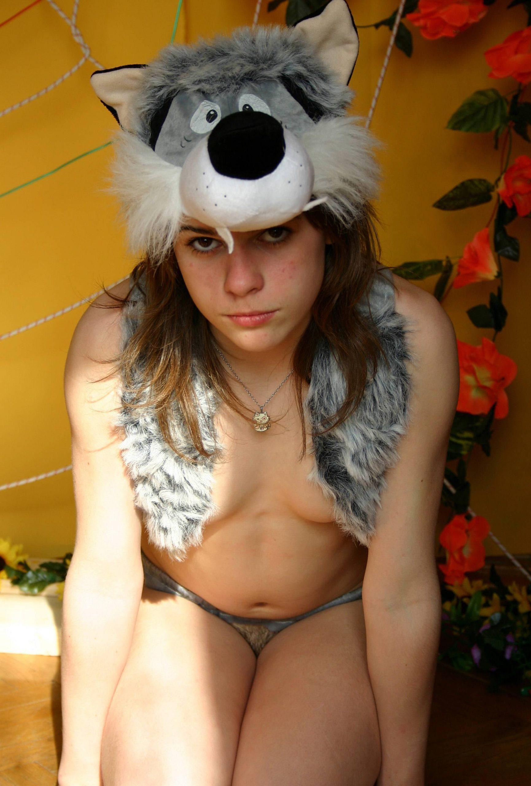 Nudist and Woolf Costume - 4