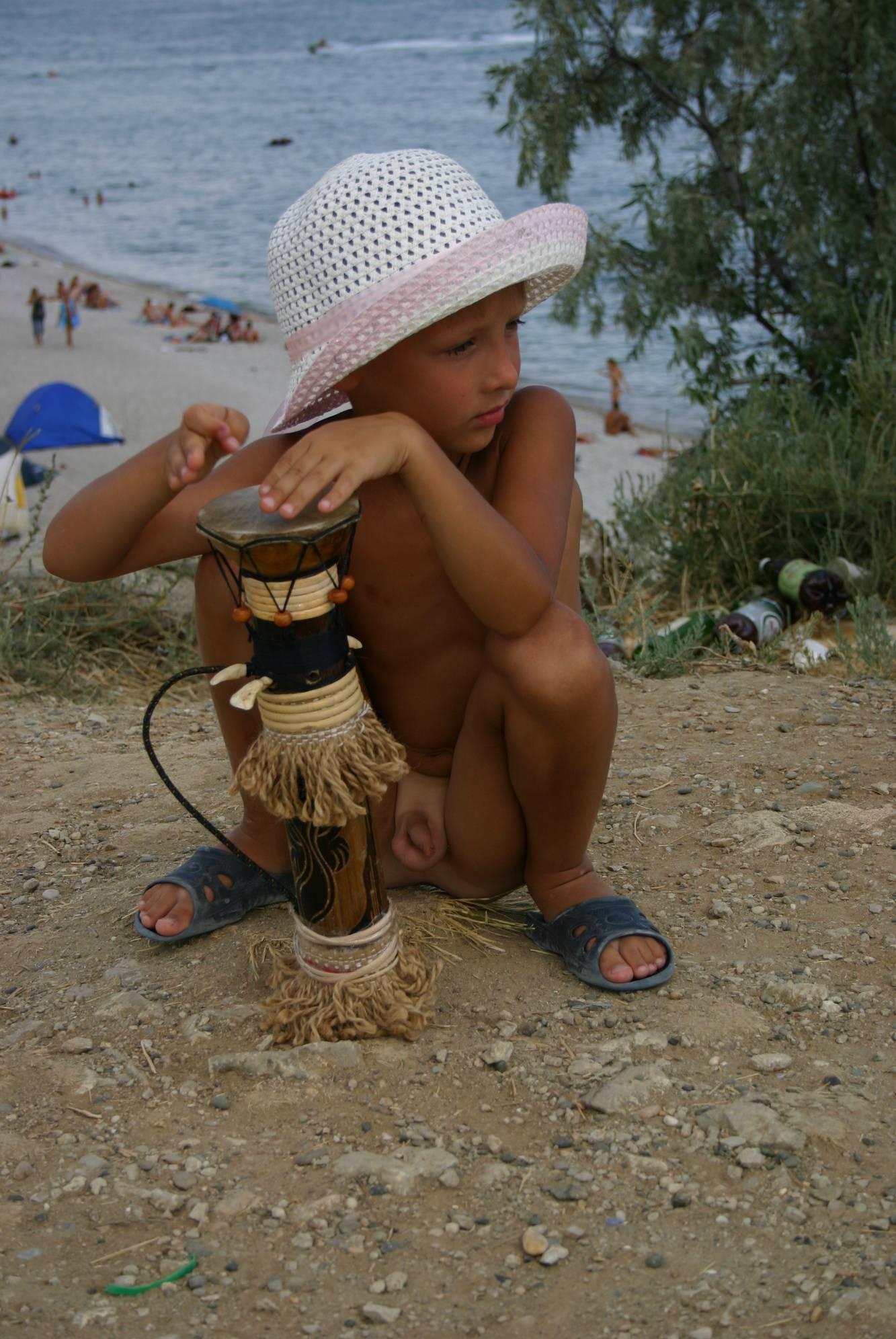 Pure Nudism-Crimea Nudist Drum Show - 2