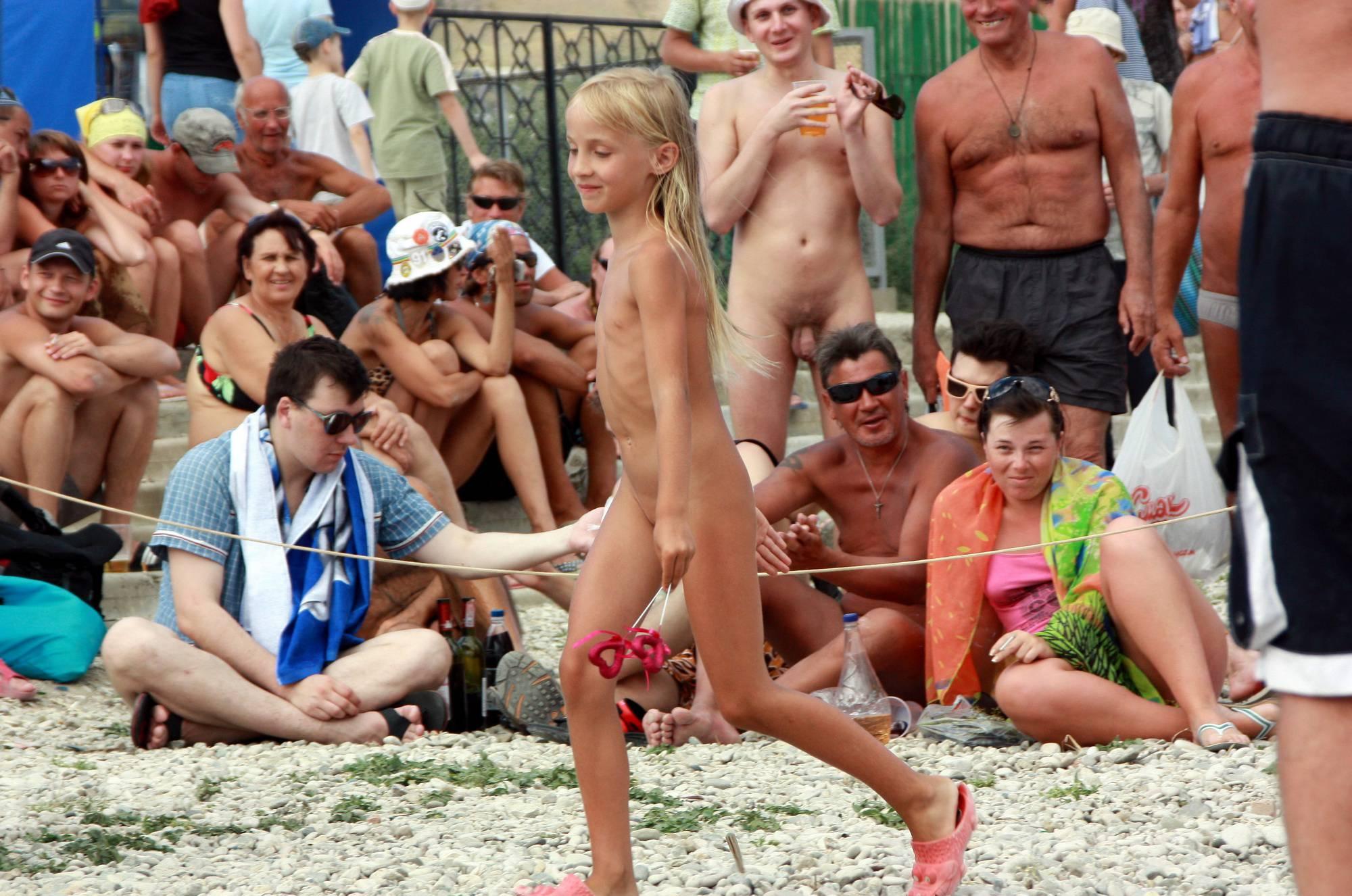 Pure Nudism-Black Sea Contestant Walk - 1
