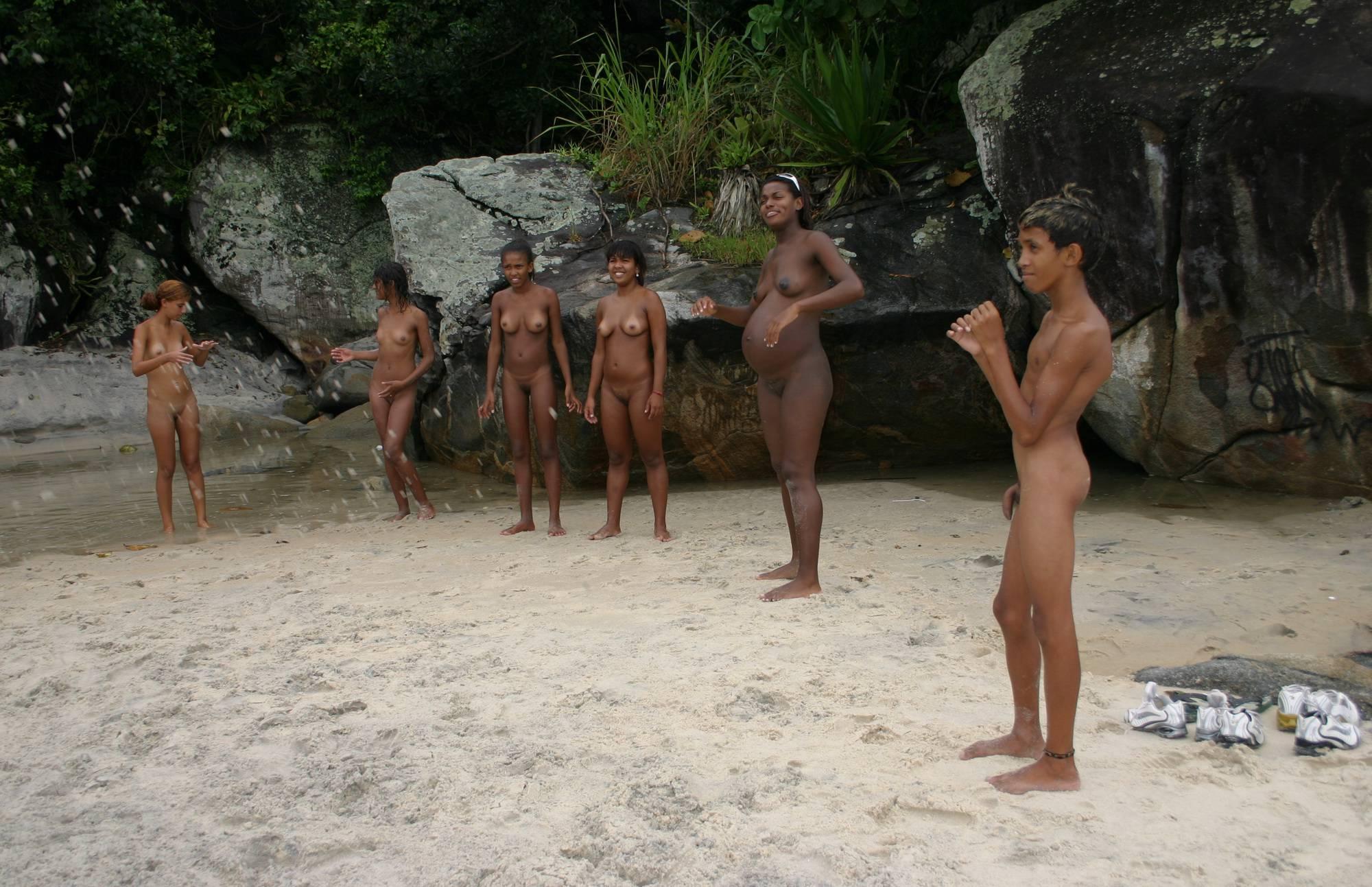 Purenudism Pics-Brazilian Game Gathering - 3