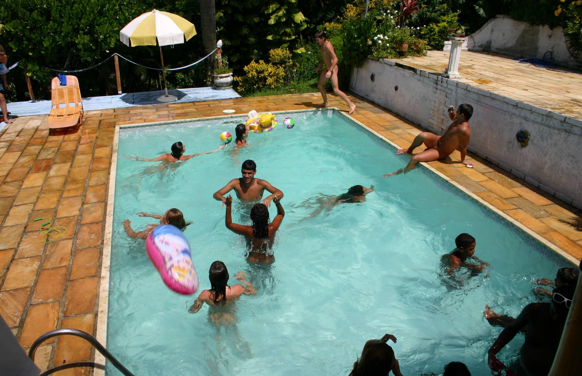 Brazilian Pool Group Shots - 2