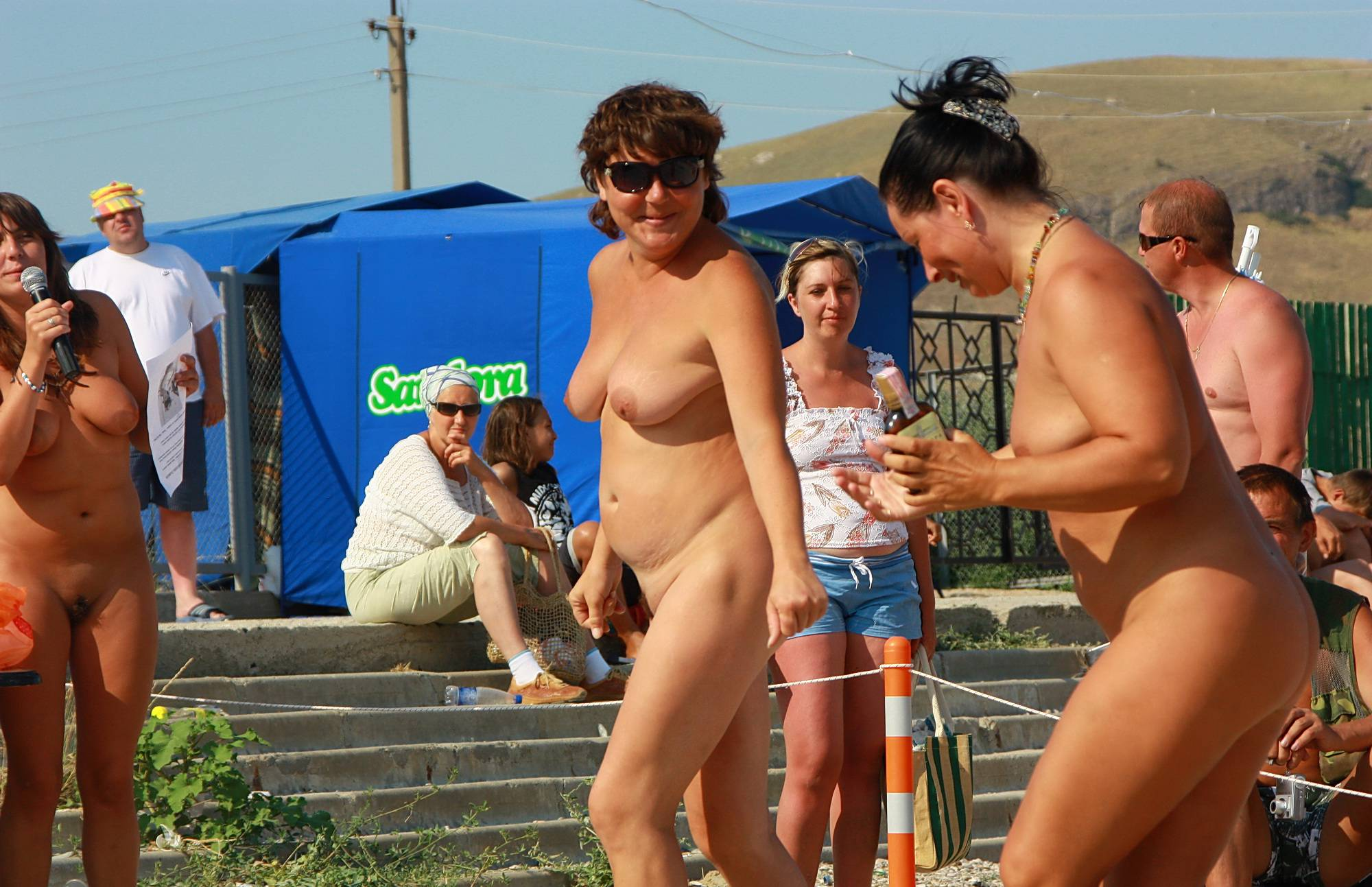 Pure Nudism Images-Naturist Beach Contest - 2