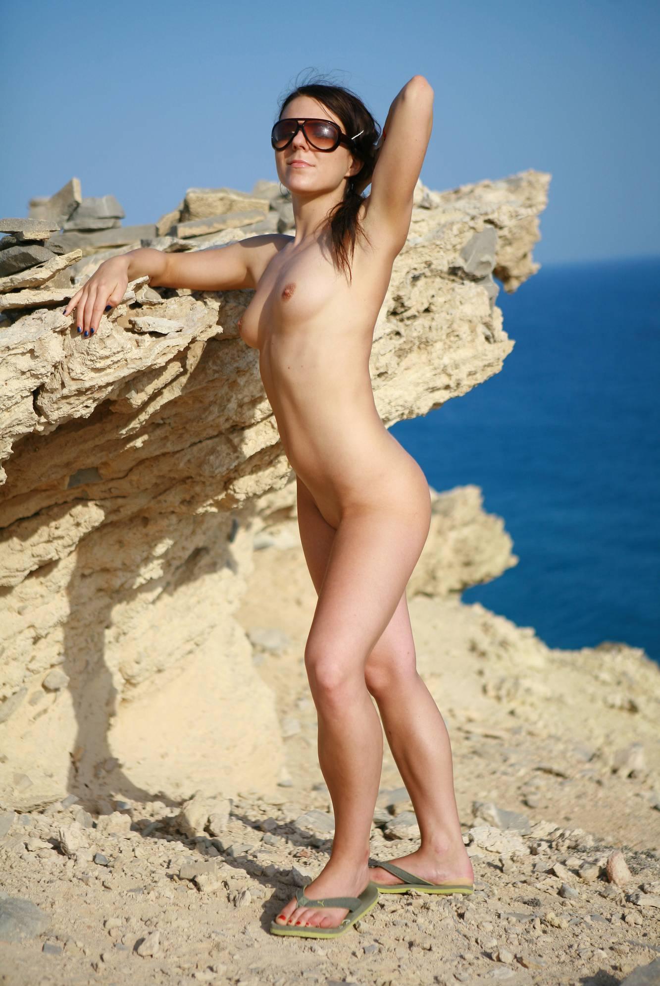 Pure Nudism Pics-Greek Girl Cliff Hangers - 3