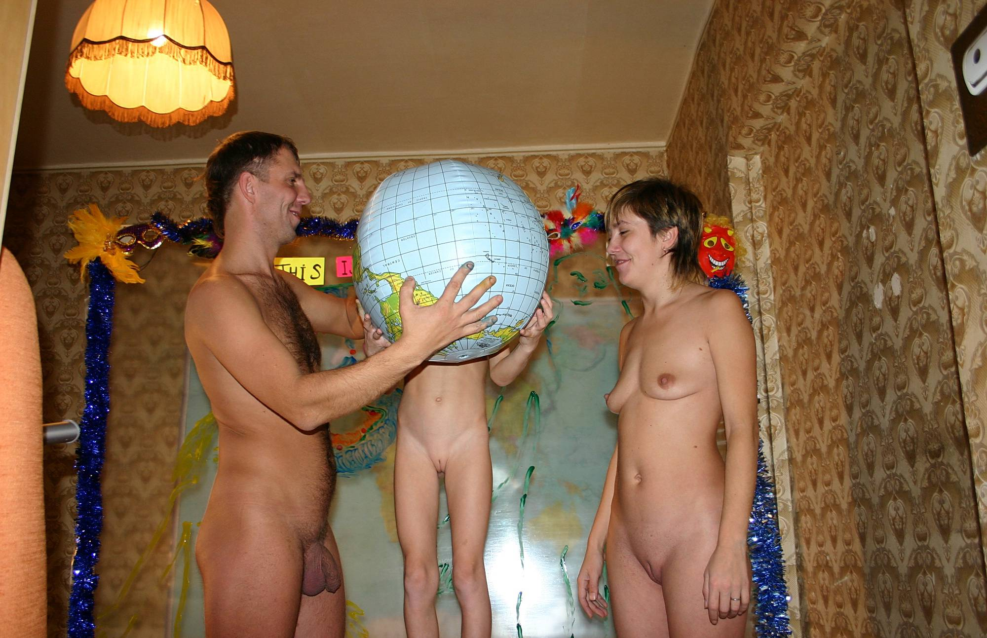 Pure Nudism-Family With Nude World - 1
