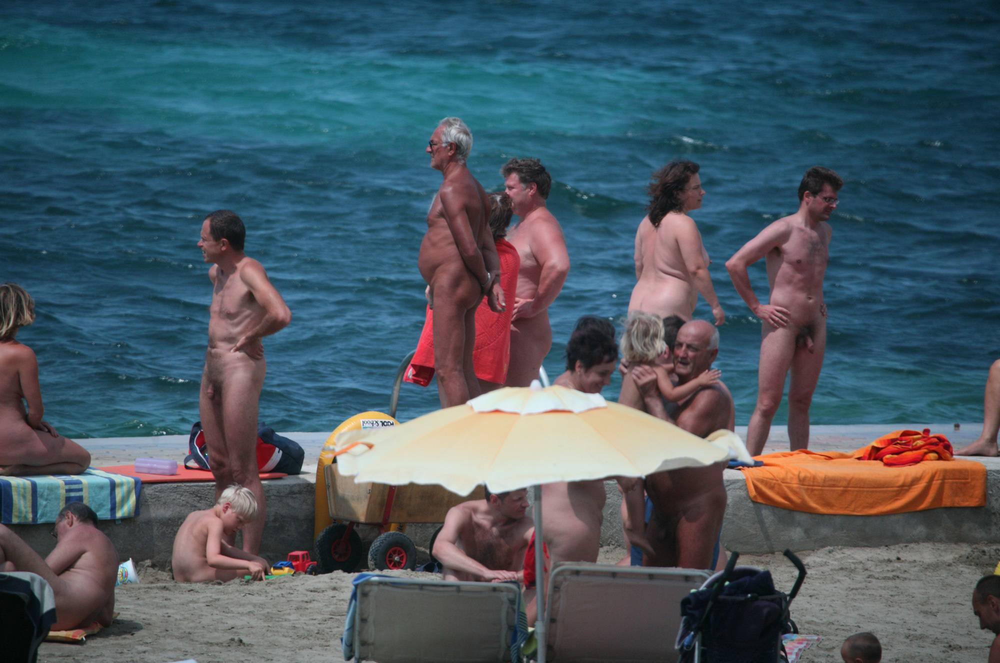 Pier Sand Square Bathers - 4