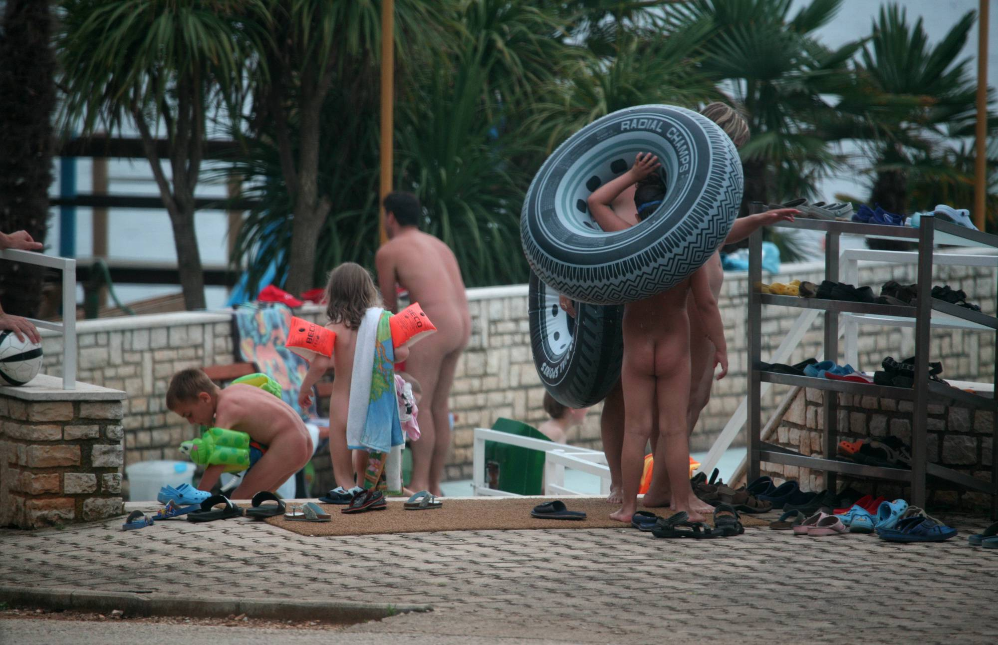 Pure Nudism Photos-Families On Pool Packing - 2