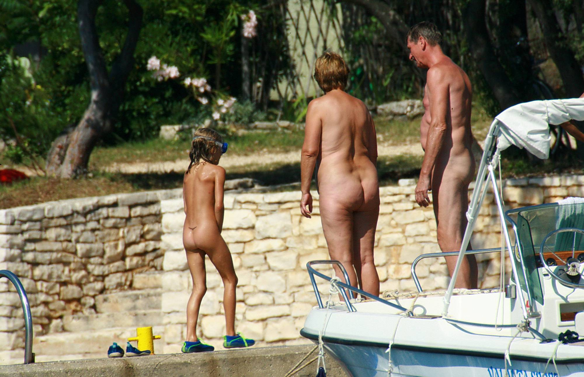 Pure Nudism Images-Living The Naturist Life - 2