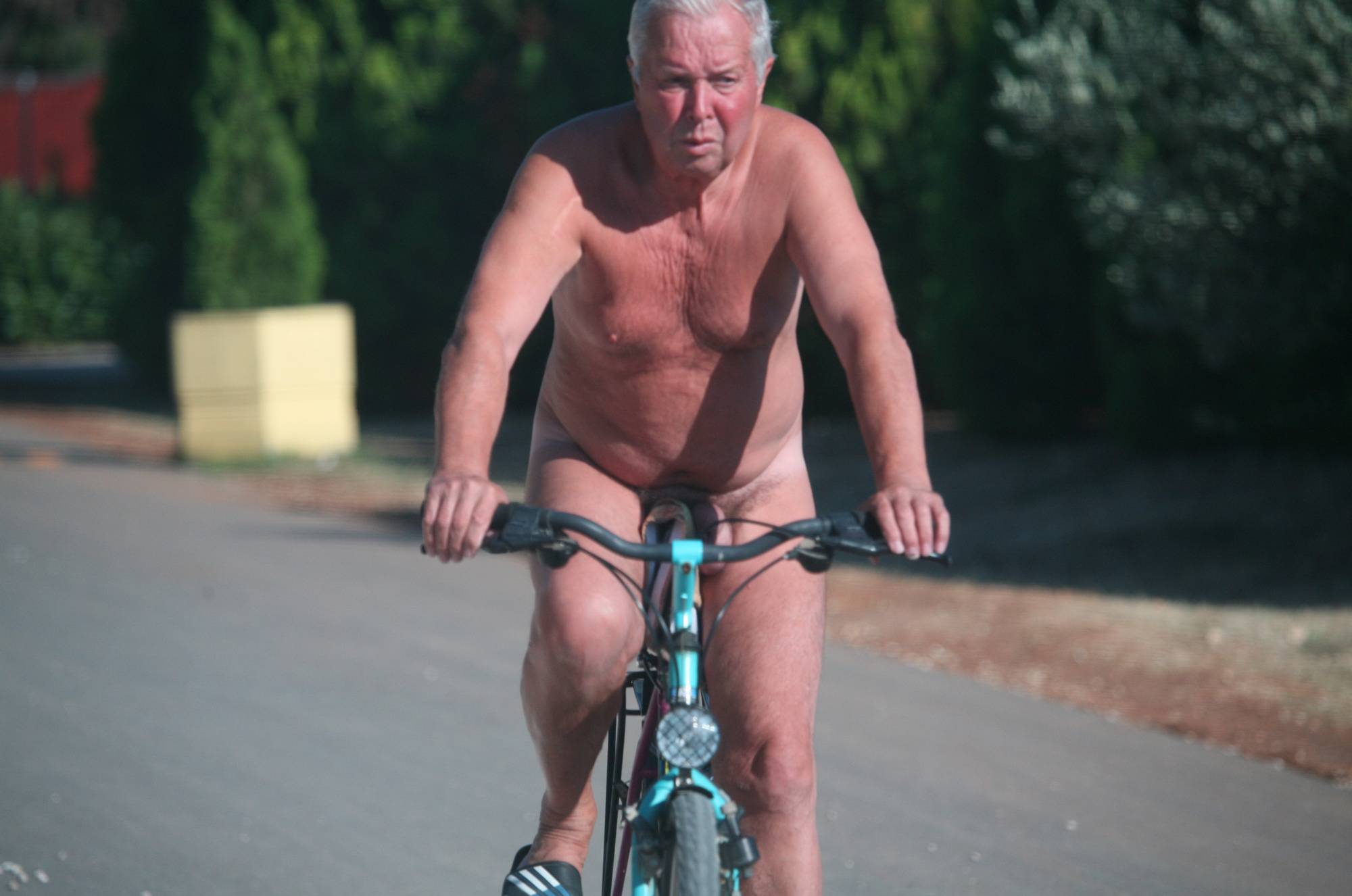 Pure Nudism Images-Nora FKK Road Park Biking - 1