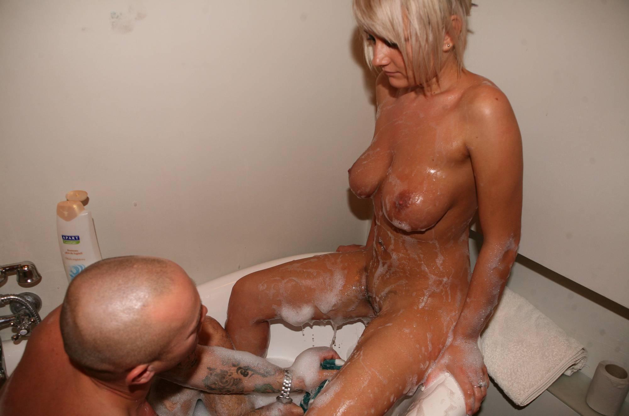 Pure Nudism-Bodypaint Bath Fun - 2