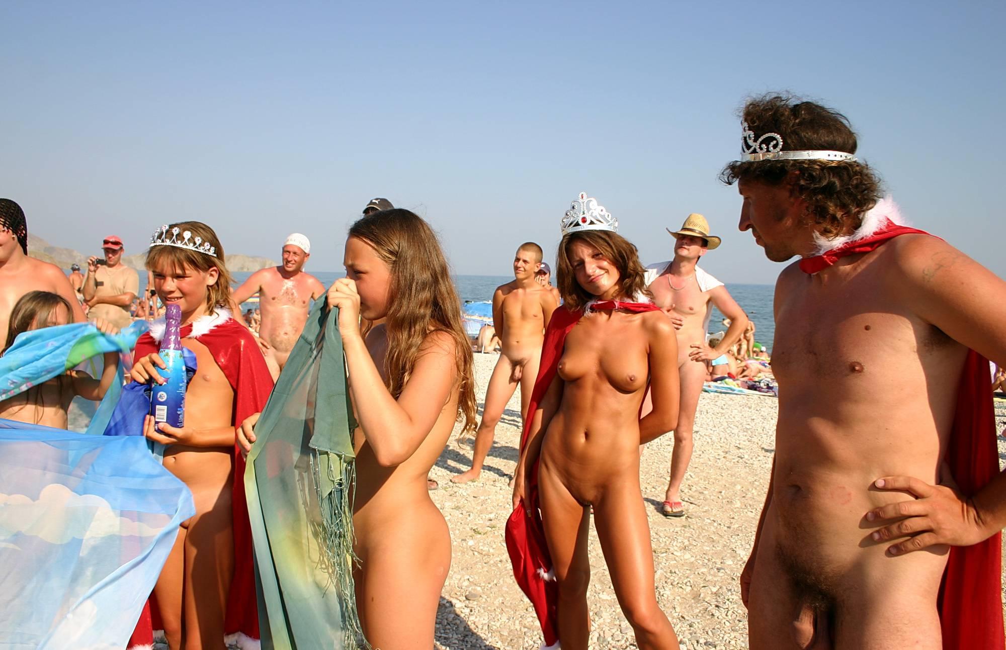 Purenudism Pics-Red Caped Sun Festival - 1