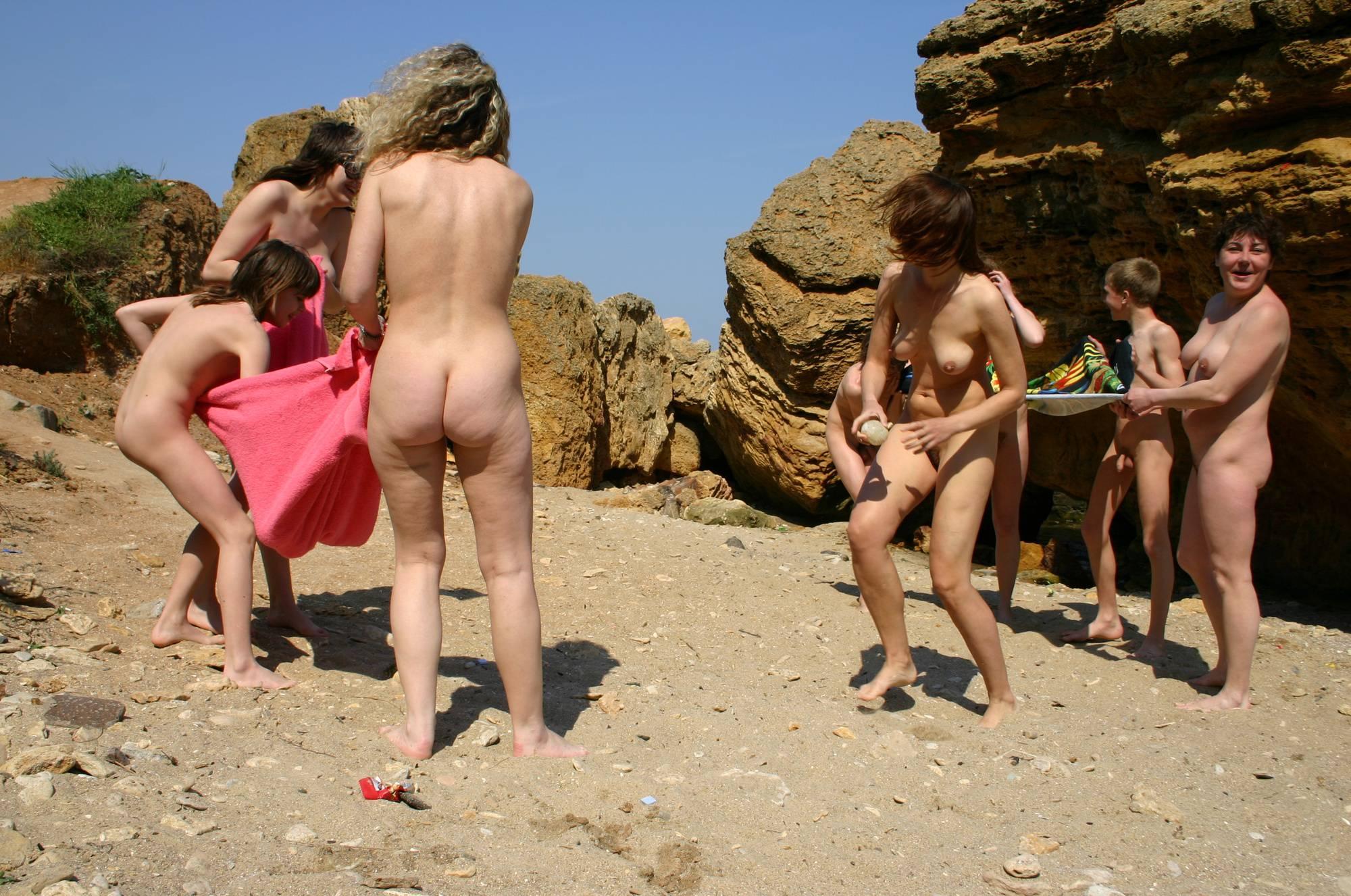 Towel-Ball Nudist Game - 2