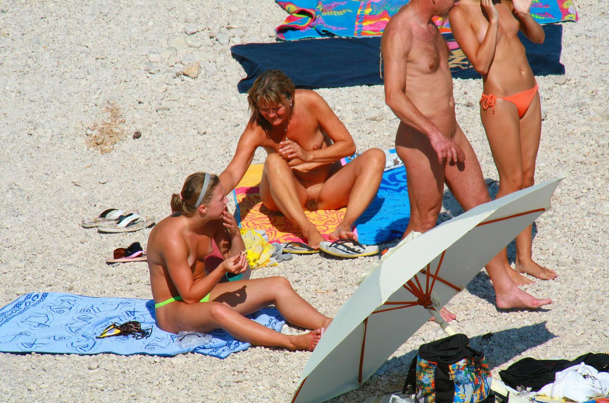 Ula FKK Topless Sister Site - 3