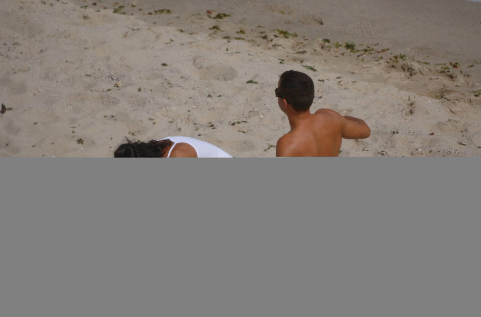 Verna Exotic Couple Beach - 2