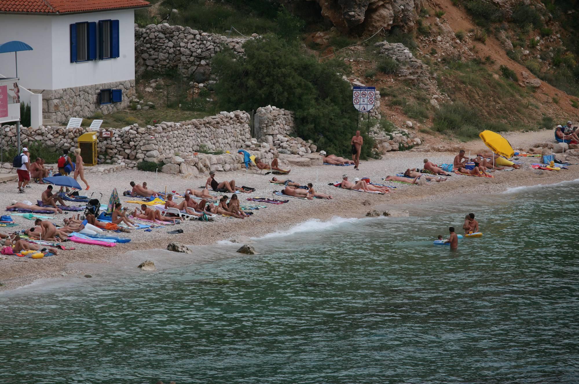 Wide Maslin Beach View - 3