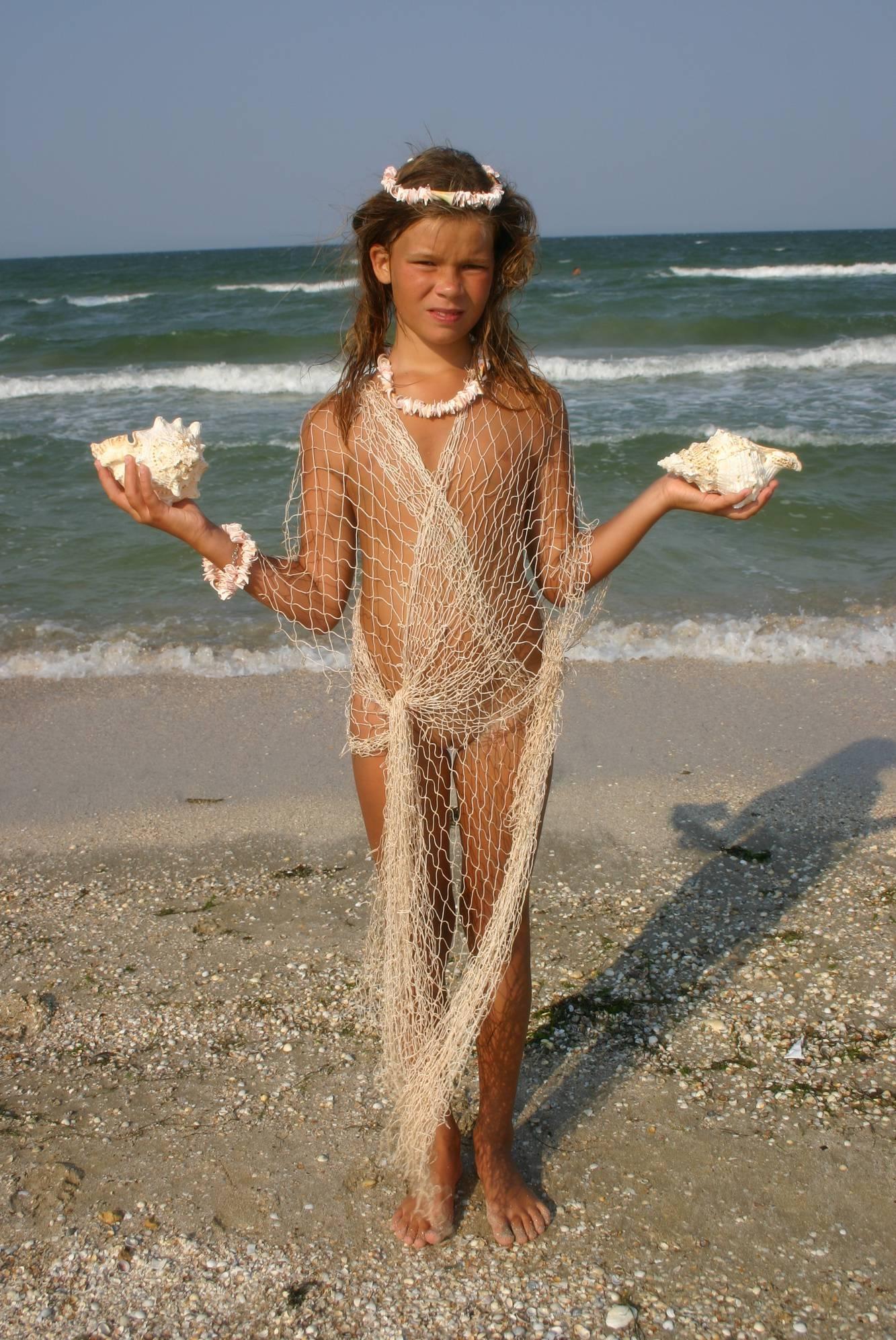 Purenudism Gallery-Young Beach Fishing Nets - 3